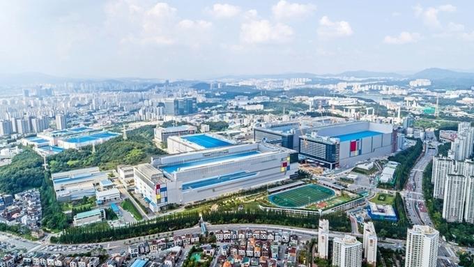 삼성, 2분기 반도체 대결서 인텔에 승...'하반기도 경쟁 가속화'